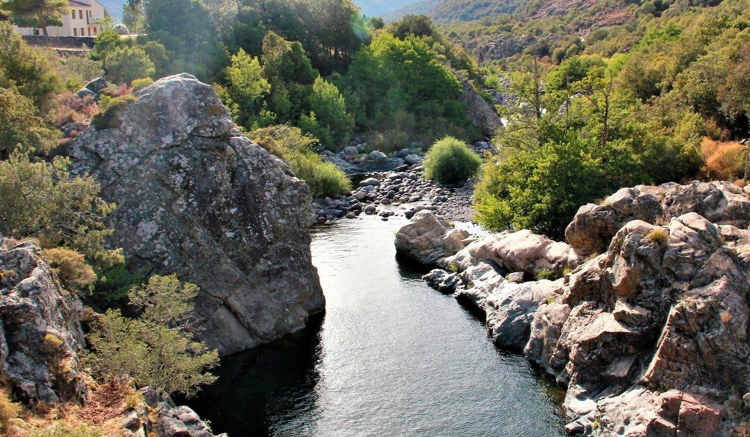 Un collectif d'associations de Corse dclare les droits du fleuve Tavignanu