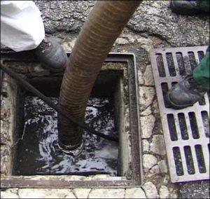Vidange fosse septique Apt : entretien, nettoyage fosse septique